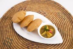 Patata del curry o patata Masala con Puri Fotografie Stock Libere da Diritti