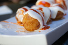 Patatas Bravas 油煎的土豆 免版税库存图片