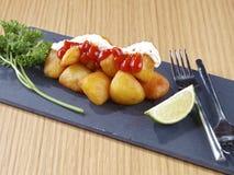 Patatas Bravas – Hot spicy fried potatoes Royalty Free Stock Photos