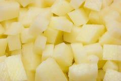 Patatas cortadas en cuadritos Fotografía de archivo