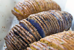 Patatas de Hasselback Fotografía de archivo