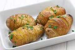 Patatas de Hasselback, comida sueca imagen de archivo