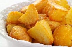 Patatas frescas de la carne asada foto de archivo libre de regalías