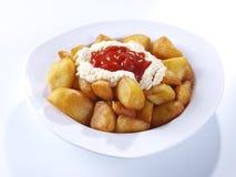 Patatas fritas picantes calientes del â de Patatas Bravas Foto de archivo libre de regalías