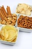 Patatas fritas y bocados fotografía de archivo
