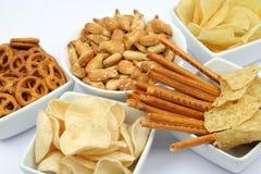 Patatas fritas y otros bocados Imagen de archivo libre de regalías