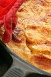 Patatas horneadas a la crema y con pan rallado Imágenes de archivo libres de regalías