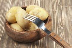 Patatas jovenes hervidas fotografía de archivo
