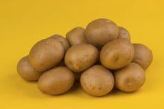 Patatas sin procesar fotografía de archivo libre de regalías
