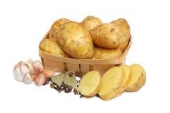 Patatas sin procesar Fotos de archivo