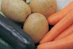patatas y zanahorias vegetales orgánicas frescas del calabacín Imágenes de archivo libres de regalías