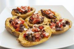Patate con carne, peperoni e panna acida Immagine Stock Libera da Diritti