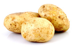 Patate fresche su bianco Immagini Stock