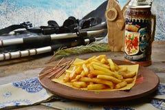 Patate fritte in baita Stock Photos