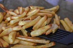 Patate fritte fritte casalinghe immagini stock libere da diritti