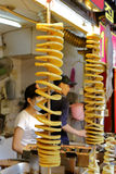 Patatine fritte fritte con il bastone di bambù Fotografia Stock Libera da Diritti