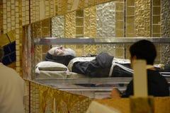 Pater Pio: тело St Pius Стоковые Изображения RF