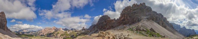 Paternkofel en montañas de la dolomía Imágenes de archivo libres de regalías