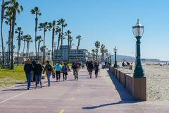 Free Path And Walkway Along Mission Beach, San Diego, California, USA. Royalty Free Stock Photos - 144057998
