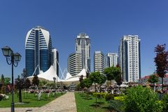 Free Path In The Flower Park Leading To The Complex Of High-rise Buildings Of Grozny City In The City Center Stock Photography - 151024322