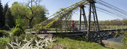The path through the suspension bridge Stock Images