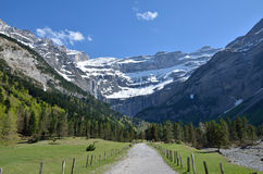 The path to the cirque of Gavarnie in Pyrenees Royalty Free Stock Images