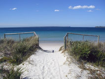 Path to the sea. At Jervis Bay, Australia Royalty Free Stock Images