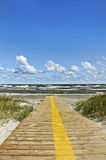 Path to the sea. Royalty Free Stock Photos