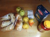 从Pathmart的食物在桌上 免版税图库摄影