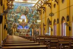 PATHUMTANI THAILAND - FEBRUARI 28: Inre av katolik c Arkivfoto