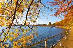 Pathway around the perimeter of Tidal Basin in the sunny fall morning, USA. Late autumn around Tidal Basin in US capital Royalty Free Stock Photography