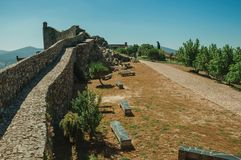Free Pathway In The Central Courtyard Encircled By Wall At The Marvao Castle Stock Photos - 145693643