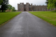 Free Pathway To The Palace Royalty Free Stock Image - 9391486