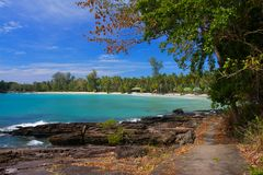Pathway to tropical beach Royalty Free Stock Photos