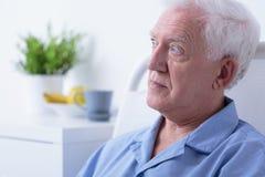 Patient aîné dans l'hôpital Photos libres de droits