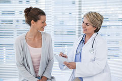 Patient consulting a doctor Royalty Free Stock Image