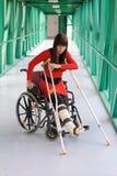 Patient dans le fauteuil roulant Photos stock
