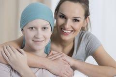 Patient de soutien de sourire de volontaire Images stock