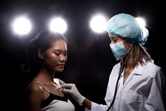 Patient de structure de docteur Check Diagnose Face photos libres de droits