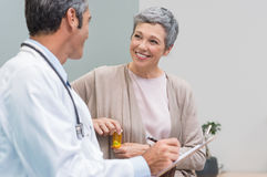 Patient and doctor talking Royalty Free Stock Photo