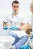 Patient i tandläkekonst Royaltyfri Foto