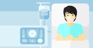 Patient se situant dans le bâti d'hôpital Photographie stock libre de droits