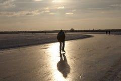 Patinador de hielo en Zuidlaardermeer Fotografía de archivo