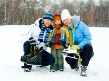 Patinagem de gelo indo da família Foto de Stock