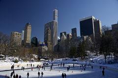Patinagem no gelo de New York Central Park, manhattan Imagem de Stock