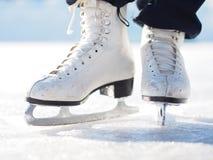 Patinaje de hielo Imágenes de archivo libres de regalías