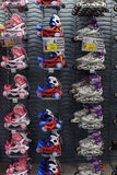 Patins de rolo na loja Foto de Stock