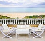 Patio con la opinión de la playa Imagen de archivo libre de regalías
