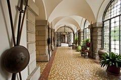 Patio de la entrada del castillo de Duino trieste Italia Imagen de archivo