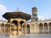 Patio de la mezquita en el El Cairo Egipto Fotografía de archivo libre de regalías